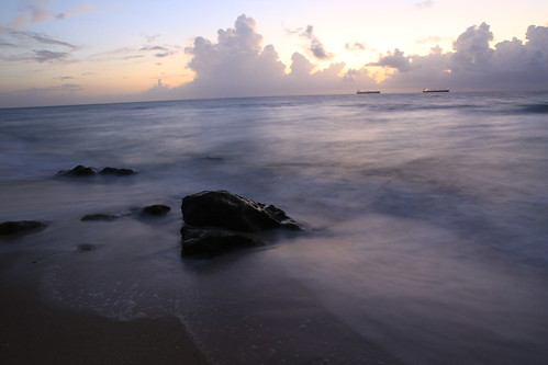 florida fortlauderdaleflorida atlanticocean a1a ocean sunrays sunrise sunbeams shipping sea