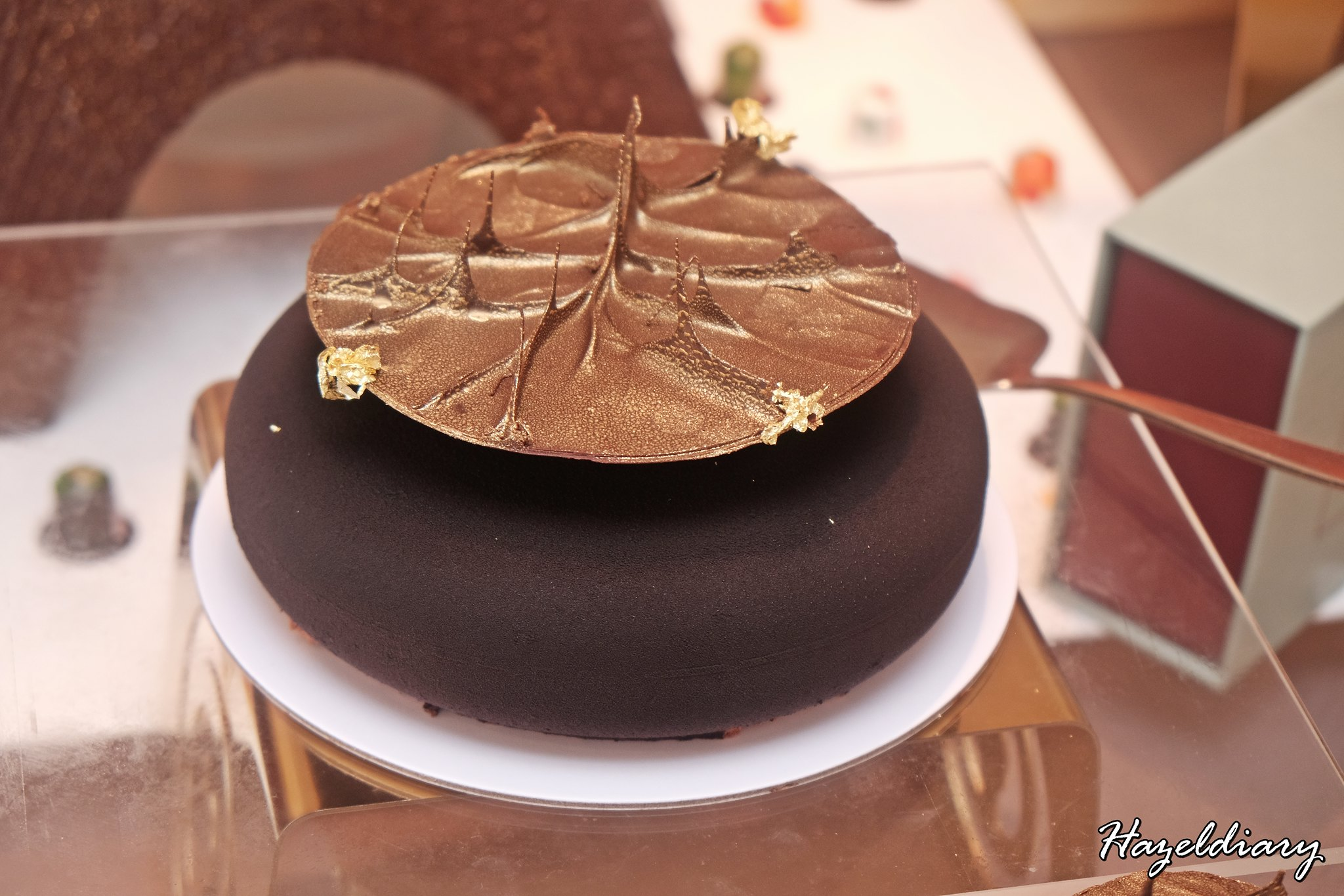 D9 Cakery Hilton Singapore-Cake Collection-Royal Hazelnut