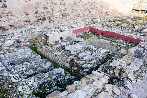 baños arabes interior Castillo Doña Berenguela Bolaños de Calatrava Ciudad Real 02