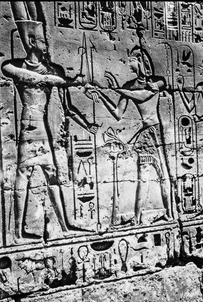 Луксор. Рельеф в храме