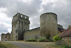Druyes-les-Belles-Fontaines (Yonne) - Photo of Sougères-en-Puisaye