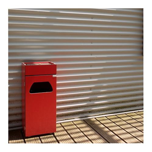 74 (trash can)