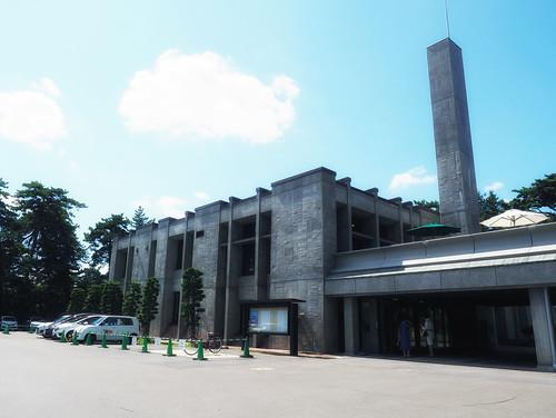 弘前市民会館外観