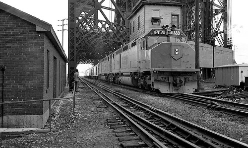 amtrak broadwaylimited southchicago canonql17 kodaktrix