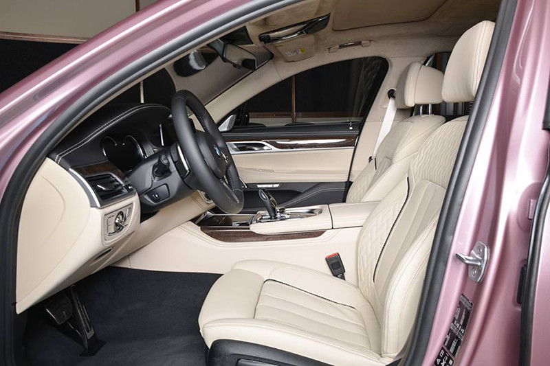 BMW-7-pink (5)