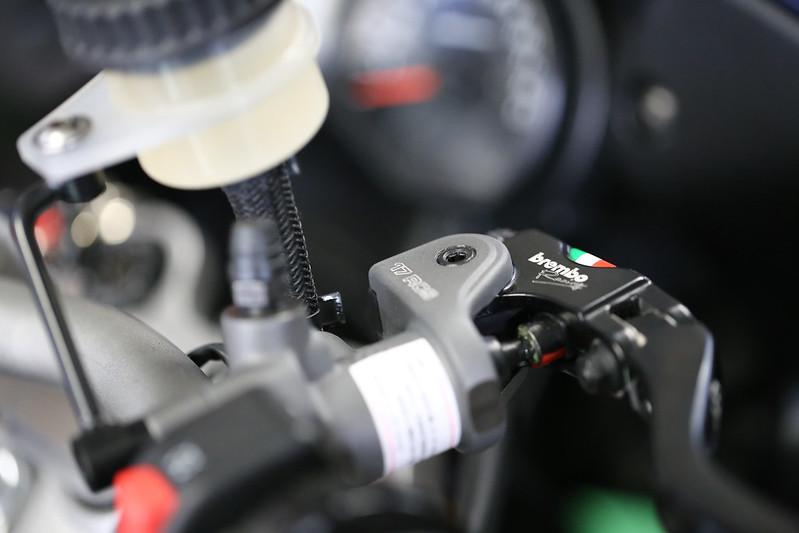 ブレンボ RCSラジアルブレーキマスターシリンダー