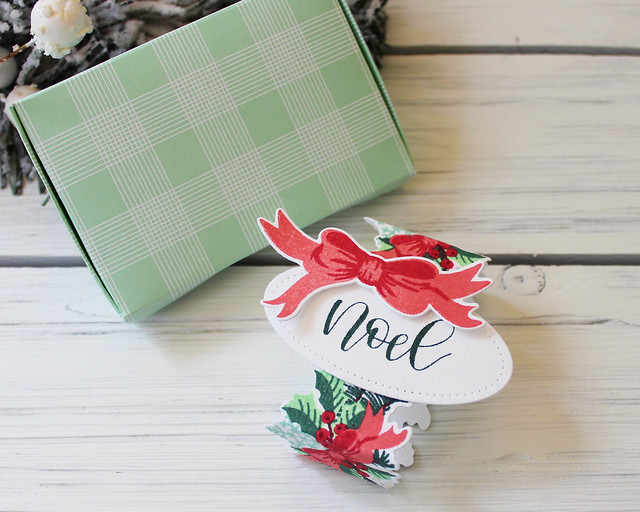 LizzieJones_PapertreyInk_September2018_PennedEleganceChristmas_SeasonalBordersWinter_SweetStitching_NoelGiftCardBox3