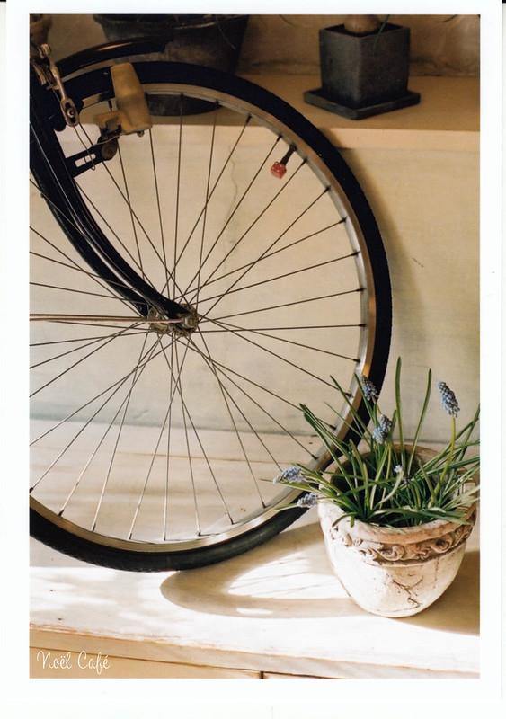 une bicyclette 5 by Noël Café