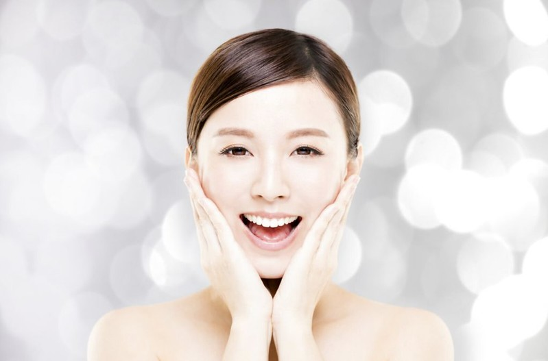 White autumn: when to lighten pigmentation of pigmentation, White, against, only, maybe, it is possible, serum, very, lines, Transino, less, in summer, cosmetics, use, contains, pigment, cosmetics, will, enjoyed, lotion
