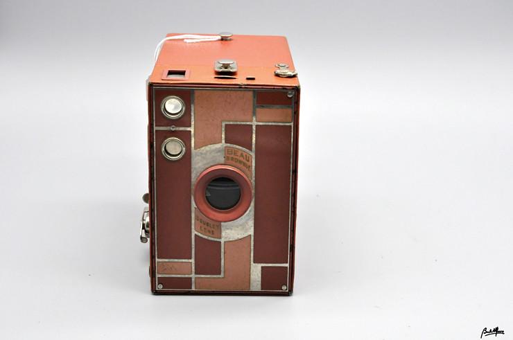 _DSC8269 Kodak Beau Brownie nº 2A Rose-Pink