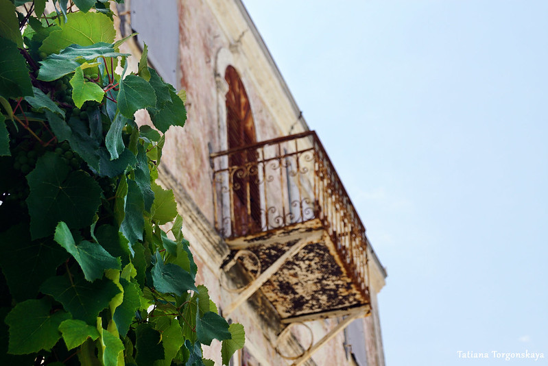 Фрагмент старого дома. Росе