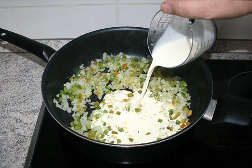 45 - Mit Sahne ablöschen / Deglaze with cream