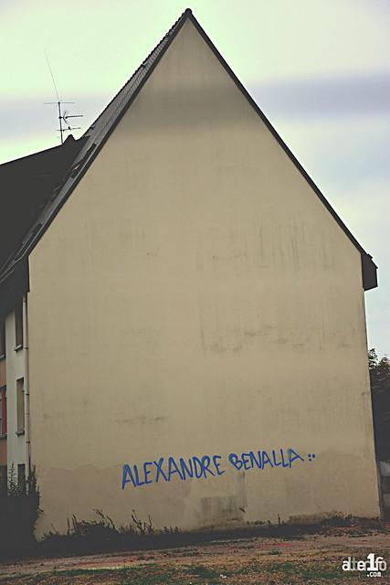 [16 Septembre 2018] – Un jour, une photo : Sur les murs j'écris ton nom, Benalla
