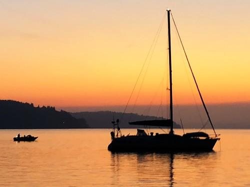 sunriseboatsailboatsalishseatacoma