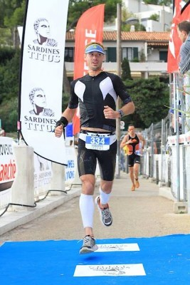 Triathlon-Cassis-2016-finish-267x400