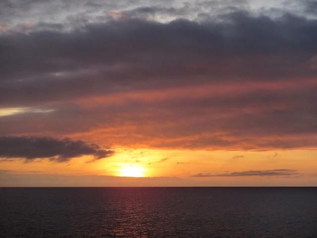 Pacific sunset, Canon POWERSHOT D30