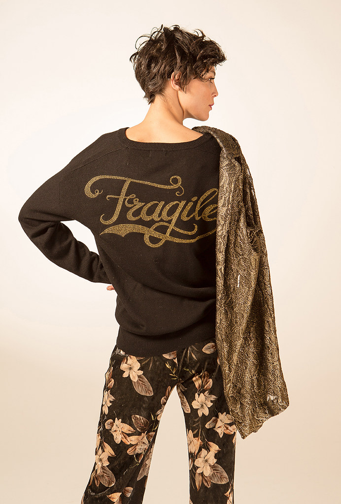 FRAGILE lookbook AW18-19-20556RGB72