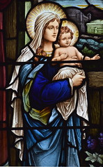 Blessed Virgin and child (Heaton, Butler & Bayne, 1928)