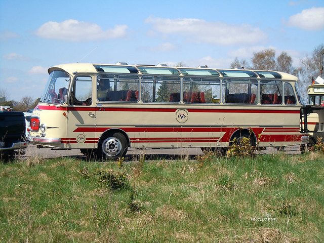 Setra Kässbohrer Bus, Nikon COOLPIX S8000