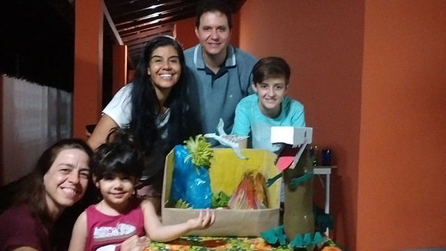 Produções das Famílias - Omega Kids