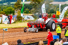 Tractor Pulling at ba stores, Aberdeenshire, Dunecht