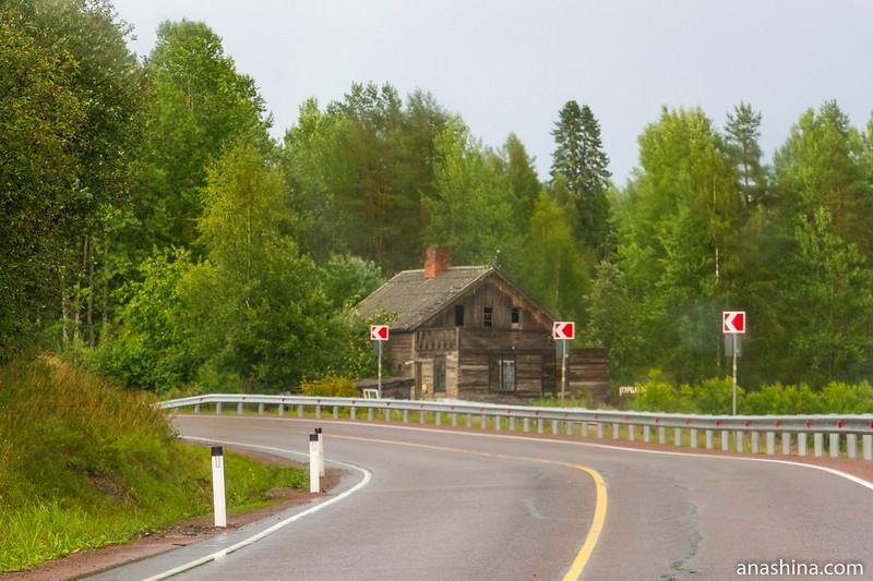 Старый дом у дороги, Карелия