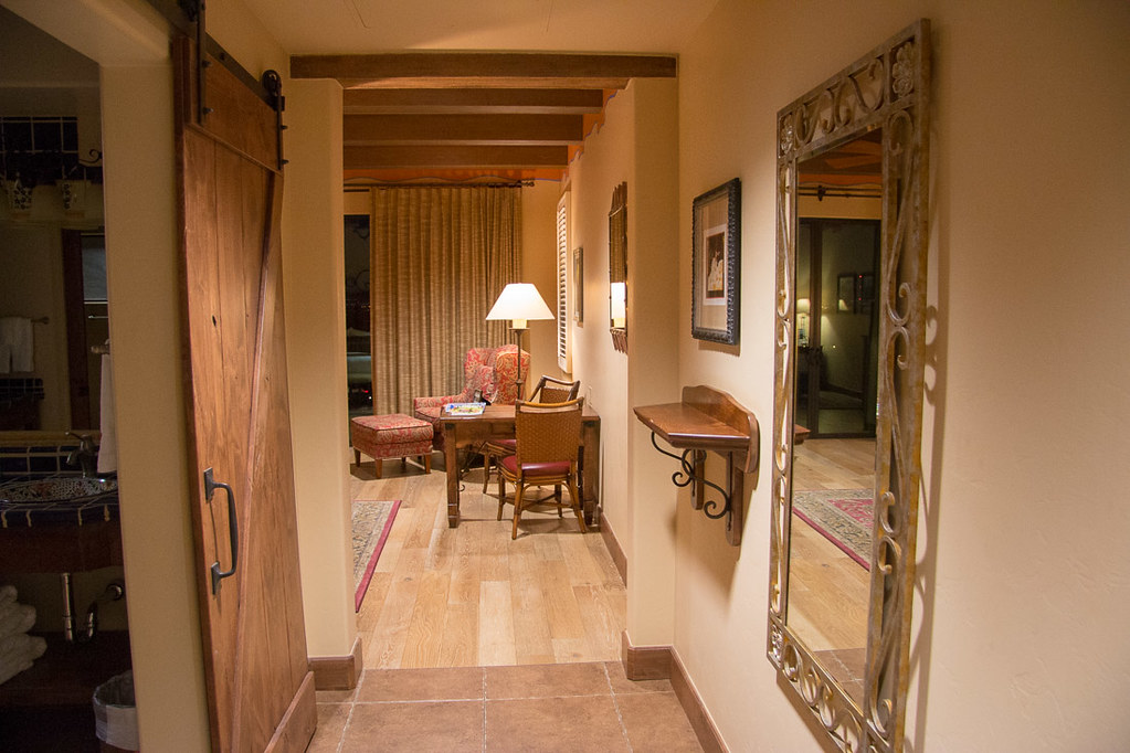 Catalina King Hallway at Hacienda del Sol