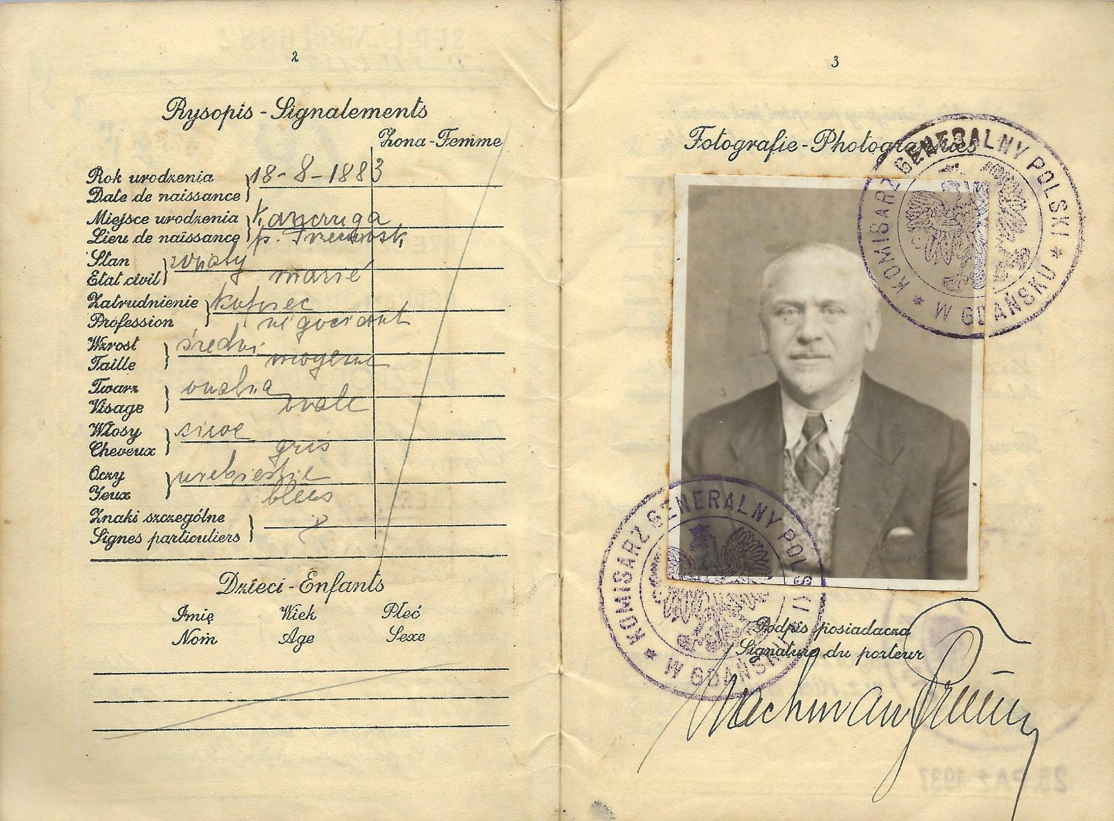 Polish passport issued at Danzig by the