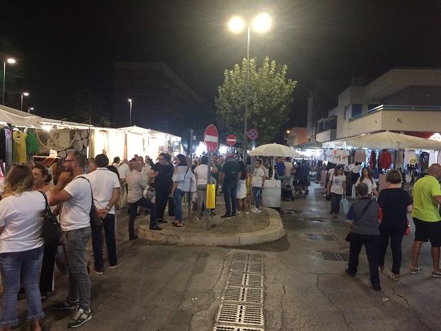 Noicattaro. mercato intero