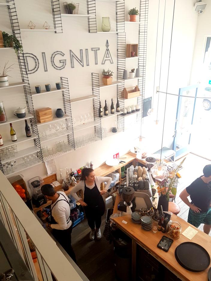 Dignita Cafe