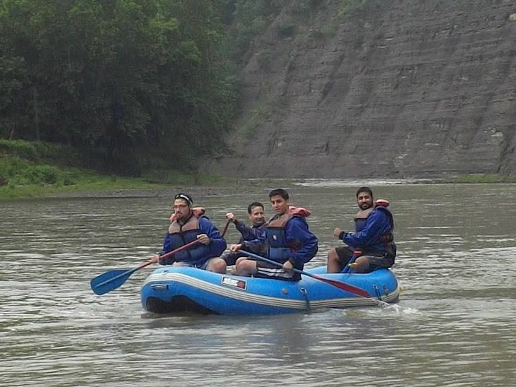 Rafting the gorge