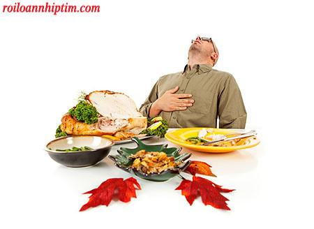 Ăn quá no khiến tim đập nhanh hơn
