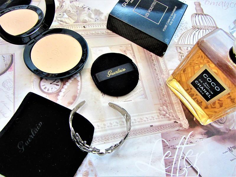les-voilettes-poudre-compacte-luxe-guerlain-thecityandbeauty.wordpress.com-blog-beaute-femme-IMG_1136 (2)