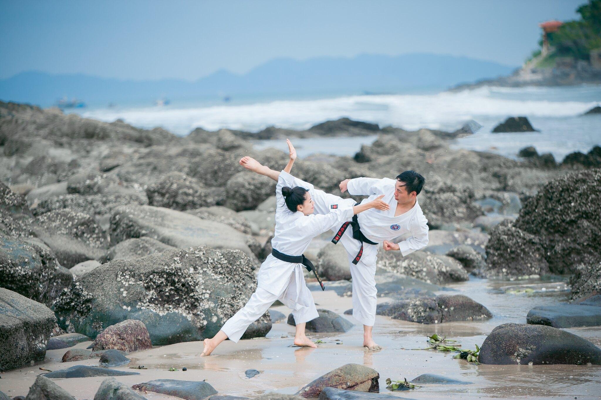29319250177 81171d45fc k - Album ảnh cưới võ thuật Long- Nhung