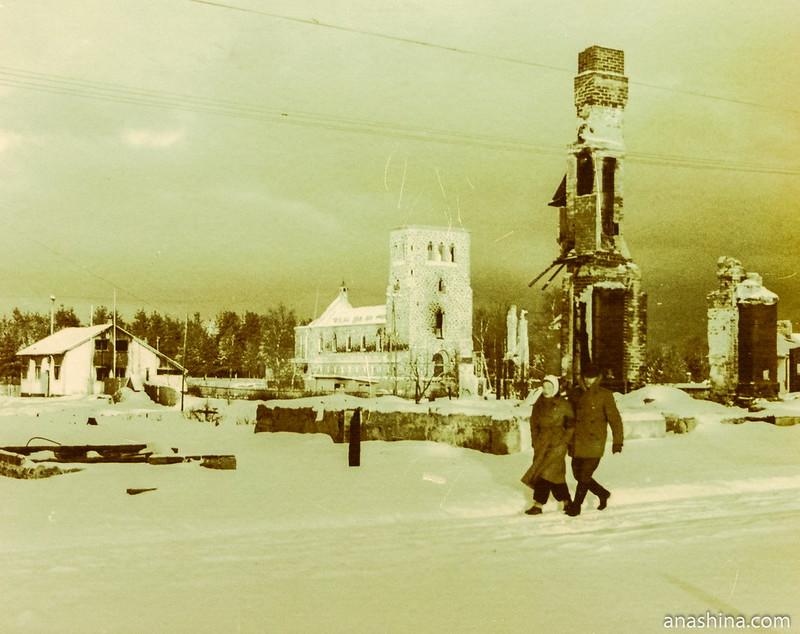 Руины Кякисалми и лютеранской кирхи в годы войны