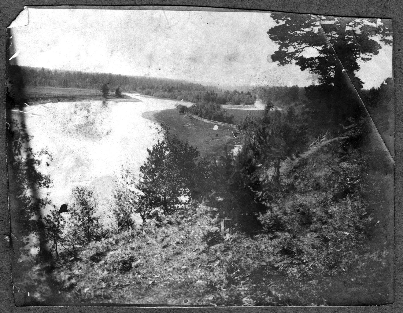 Река Ляля в предгорьях Урала