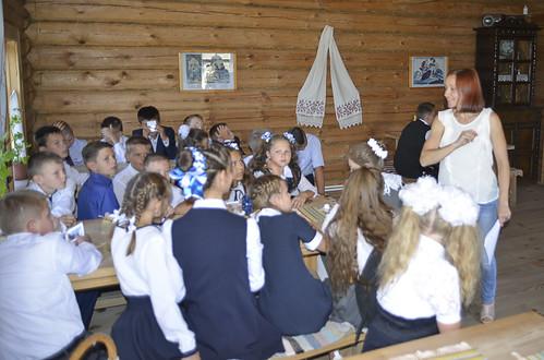 «Мельничная» азбука в доме мельника. Занятие с детьми проводит научный сотрудник музея Федорова Мария