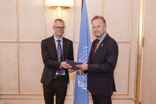 NEW PERMANENT REPRESENTATIVE OF DENMARK PRESENTS CREDENTIALS TO THE DIRECTOR-GENERAL OF THE UNITED NATIONS OFFICE AT GENEVA