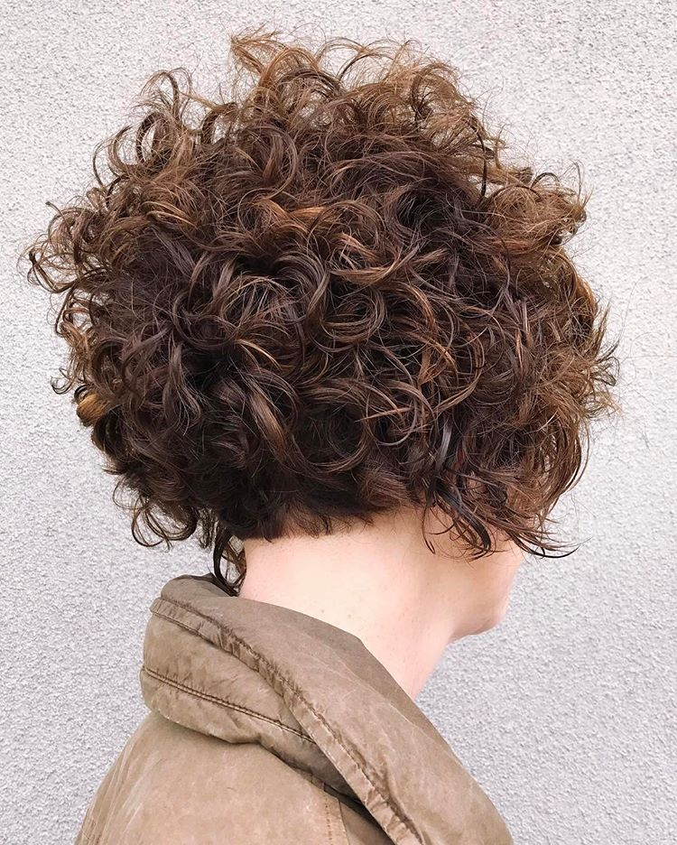 Best Haircuts For Curly Hair 2019 That Stand Out 8