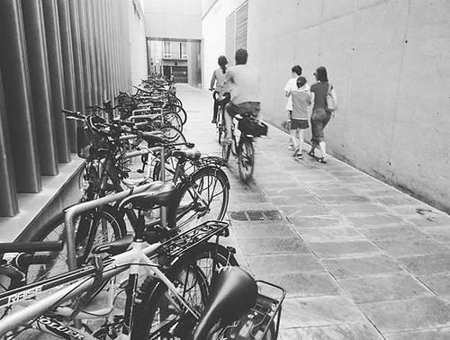 No es Holanda, pero el uso de la bici en #Pamplona está mucho más extendido que en #Coruña . #bicicletas #bici #biciurbana #bicicleta