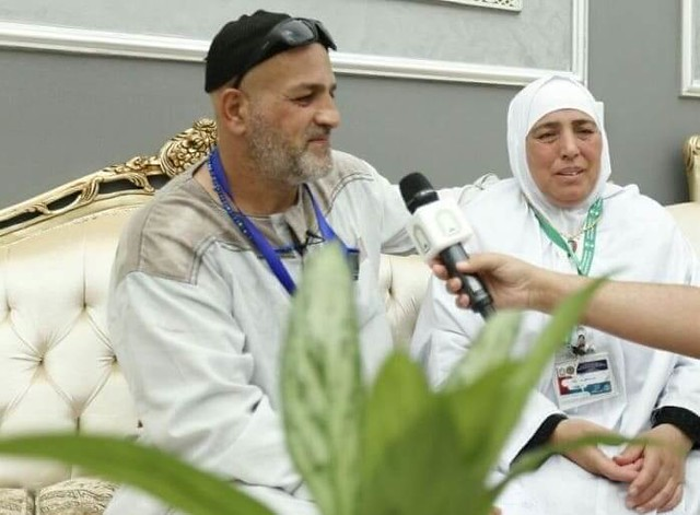 3734 After 15 Years, Allah reunited lost Palestine siblings in Makkah 03