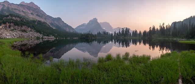 Smoky sunset. Williams Lake, Fujifilm X-E1, XF10-24mmF4 R OIS