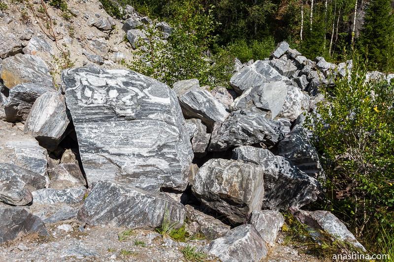 Мрамор в Итальянском карьере, Горный парк Рускеала