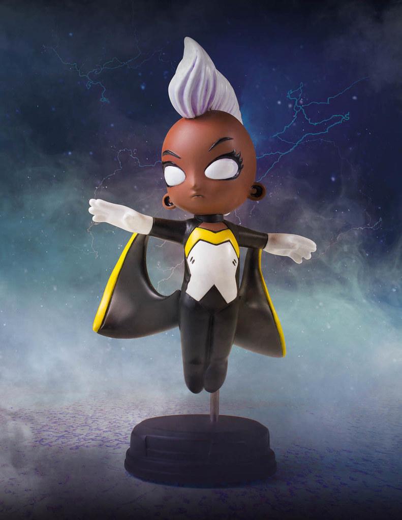 高聳的龐克頭太搶眼啦XD~ Gentle Giant Marvel Comics【暴風女】Storm Animated Statue