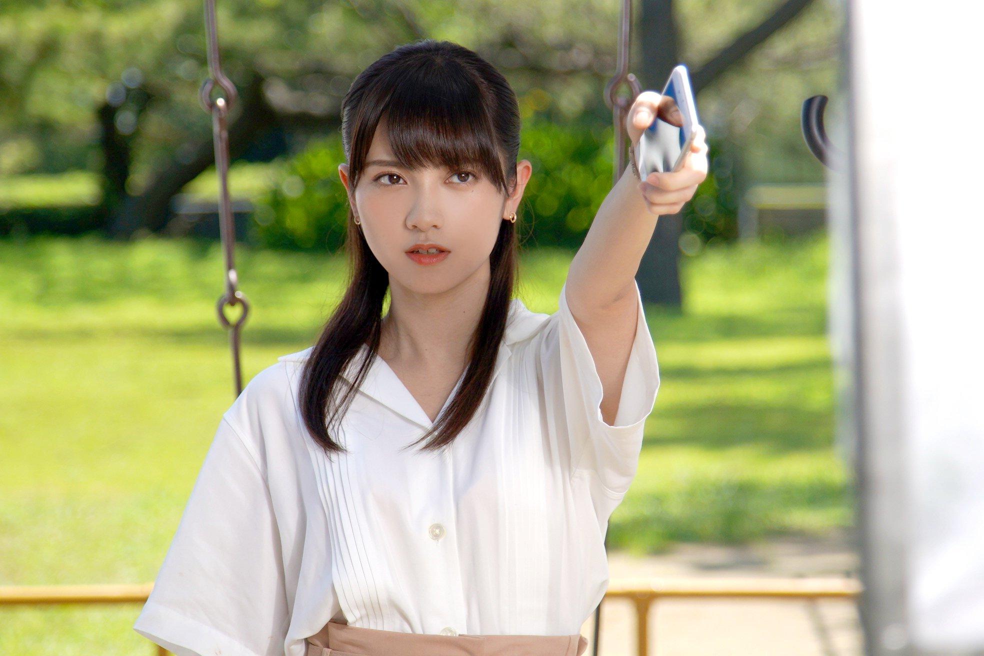 松川菜々花 エロかわいいスレンダーボディのグラビア画像37枚