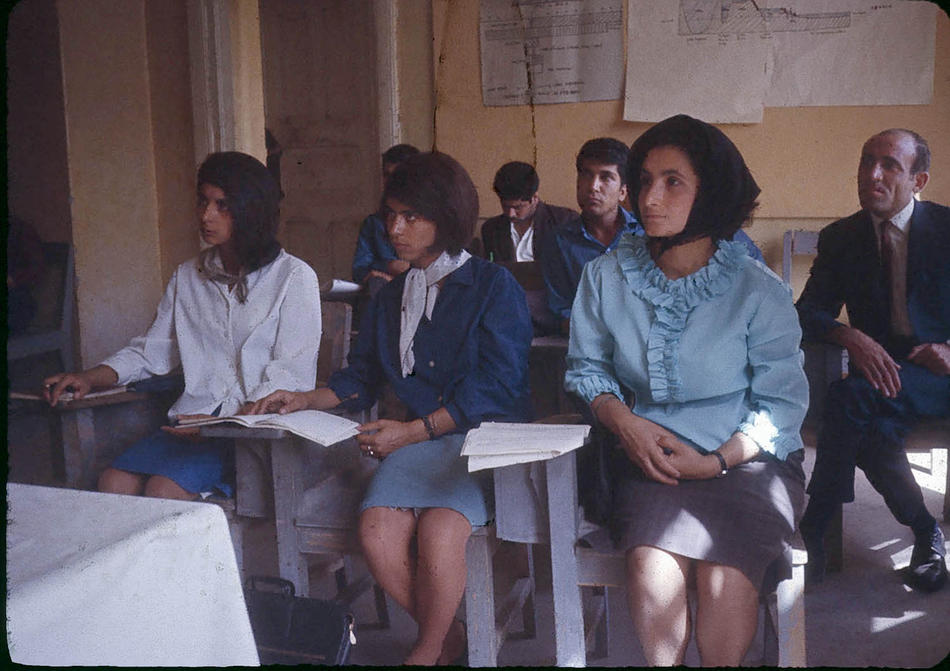 Color Photos of Afghanistan in The 1960s by Bill Podlich (34)