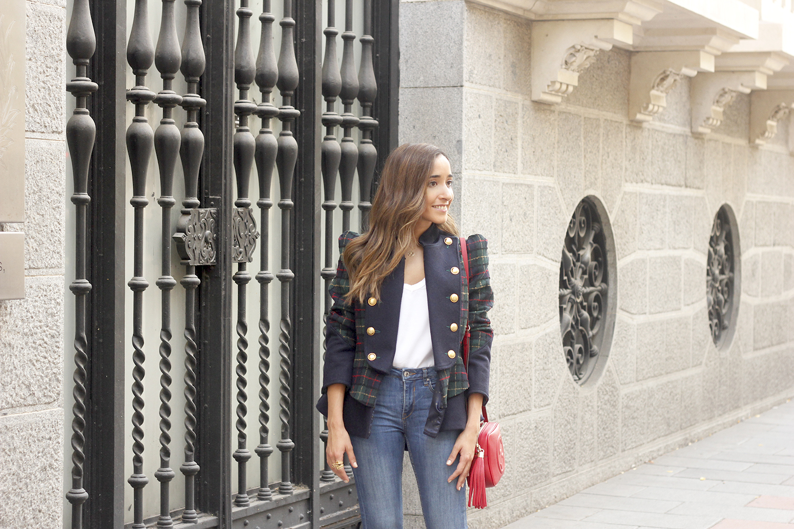 CHECKED BLAZER highly preppy gucci bag ripped jeans street style 2018 outfit06