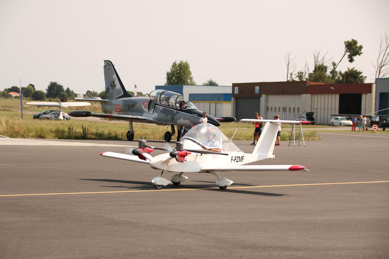 Aérodrome de La Baule Escoublac - Page 4 42353603590_a1f453b64e_h
