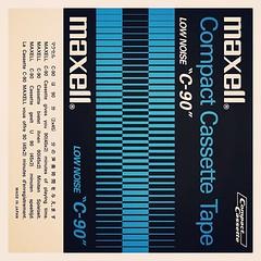 "Cassettes: Maxell Low Noise ""C90"""