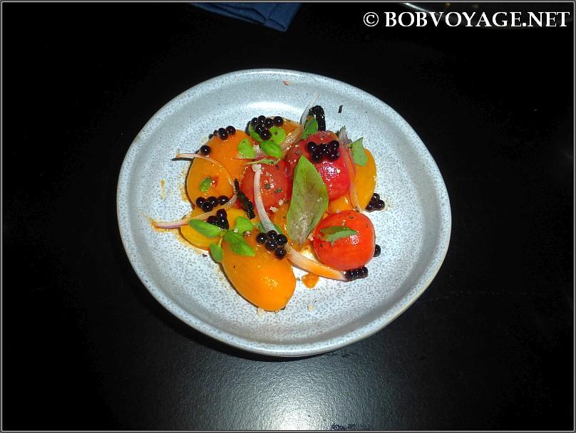 סלט עגבניות ב- selas - סלאס